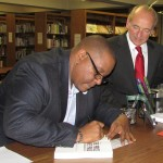 Robert Howard II signing Price